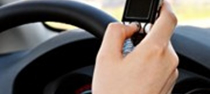 Study Shows Cell Phone Usage Behind the Wheel is as Dangerous as Being Over the Drink-Drive Limit